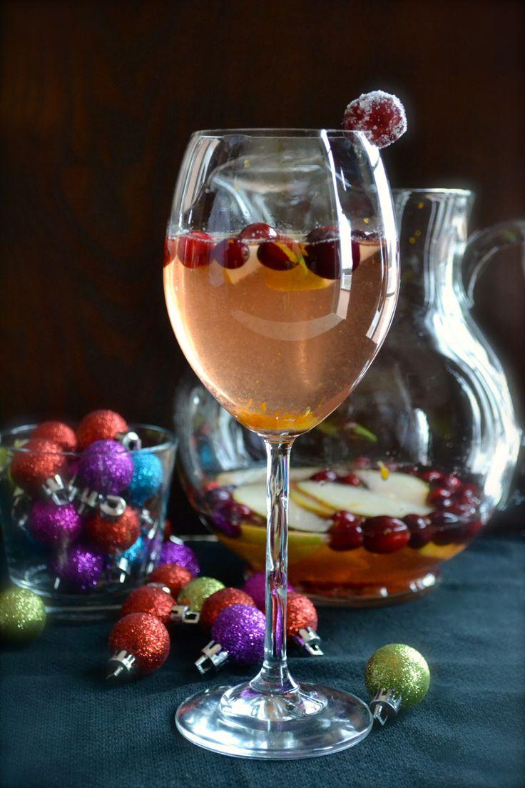 aa87ae31595281ce75351f26c65ac31f--christmas-makes-white-wines